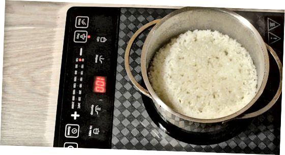 Припрема пиринча и пуњење