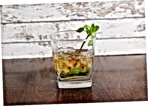 Viski kokteyllarini sinab ko'rish