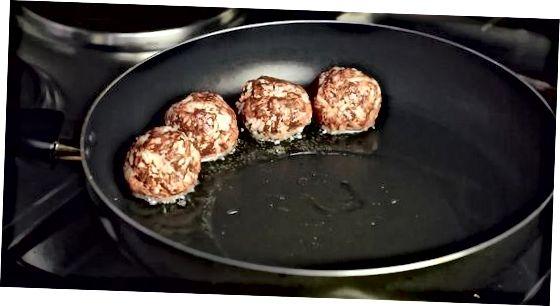 Dritter Teil: Fleischbällchen auf dem Herd kochen