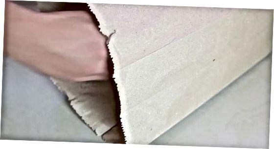 Í pappírspoka