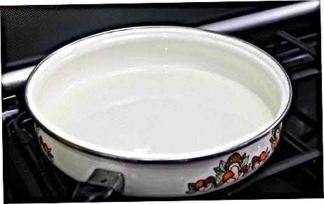 Arròs fàcil fregit de la nevera