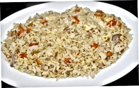 برنج سرخ شده آسان را از فریزر جدا کنید