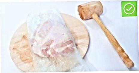 Menggunakan Alat Pelunak Daging