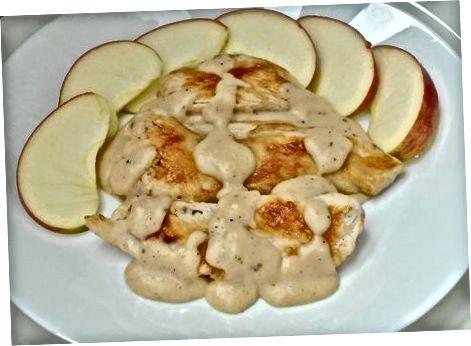 Користите јабуке као прелив и гарнирање