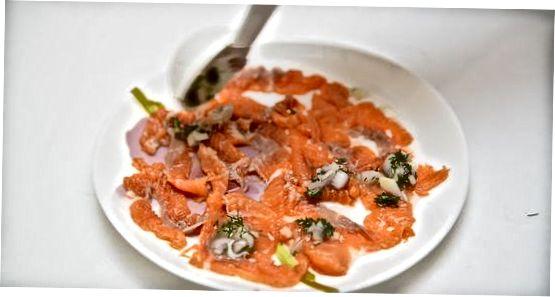 Ngrënia e Salmonit të Raw