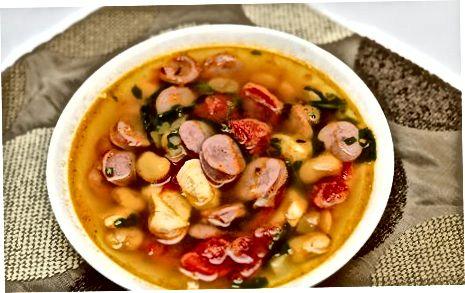 הכנת מרק איכרים איטלקי