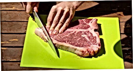 Oddiy biftekni tozalash va ziravorlar tayyorlash