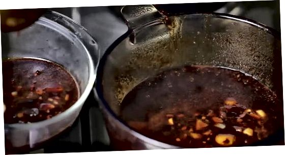 Tilbered hjemmelaget BBQ-saus