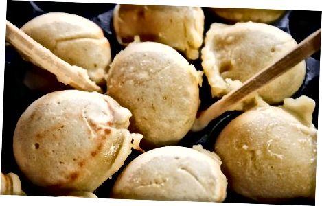 Vegan aebleskiver Daniya pancakes