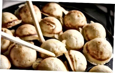 Veganistische aebleskiver Deense pannenkoeken