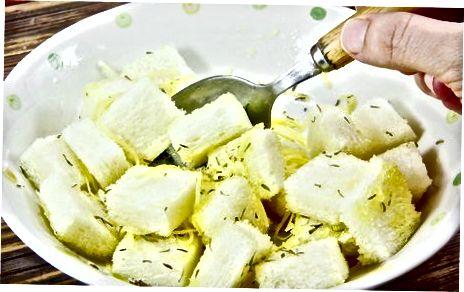 Croutons de parmesão torrado no forno (sem glúten)