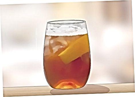 Kalte Calvados-Cocktails zubereiten