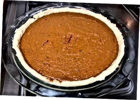Pyrago užpildymas ir kepimas