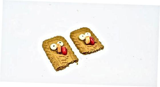 Turkijos keksiukų dekoravimas naudojant sausainius