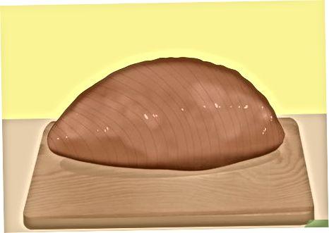 Rezanje špirovca narezanega šunke