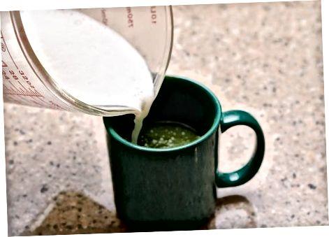 Horúci zelený čaj Latte (tradičná verzia)