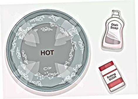 Odstranjevanje rja s sodo bikarbono