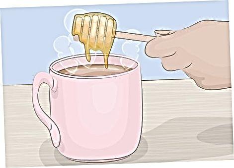 Marrja e çajit të sharrave palmetto