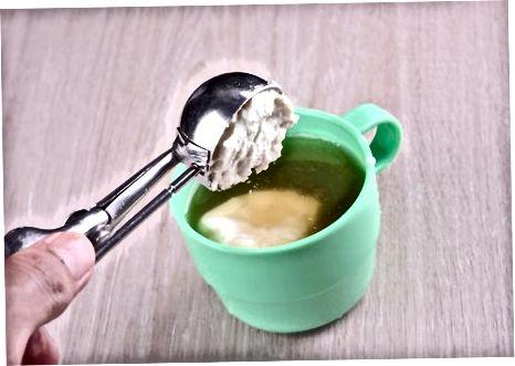 Fazendo café irlandês com sorvete