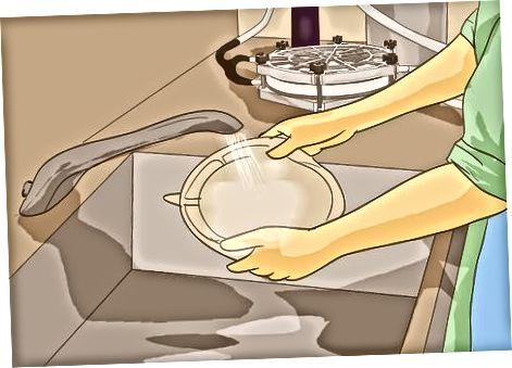 Filtrimi me një sistem të pompave dore