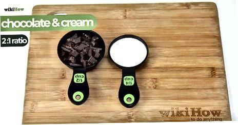 चॉकलेट जोड़ना, चिलिंग, या व्हिपिंग गनाशे
