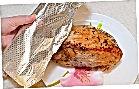 پخت و پز بدون پستان ترکیه پستان در یک کوره