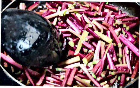 Qovurg'ali Rhubarb tayyorlash