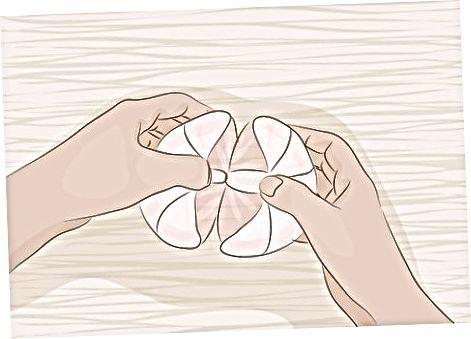 Qërimi dhe ngrënia e Pomelos së freskët