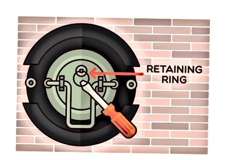 Ring und Schlauch entfernen