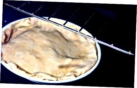 Bir Rhubarb tortu bişirmək