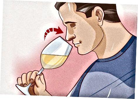 Weißwein servieren und probieren