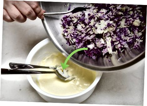 Tradicinės veganiškos Cole Slaw gaminimas