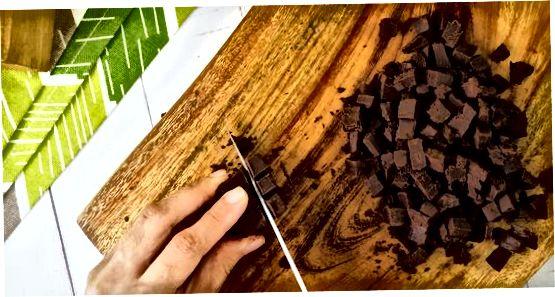Shokoladli avakado pudingi