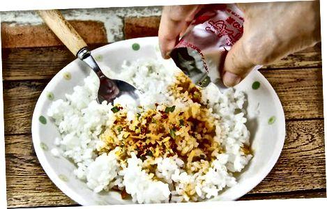 Shtimi i aromës në orizin e gatuar
