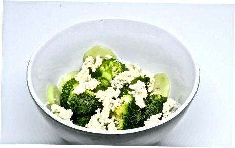 Verwenden von zerbröckeltem Tofu