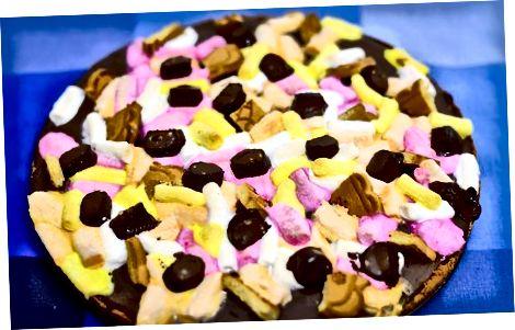 Graham Cracker qobig'i bilan S'mores va Brownie pizza yaratish