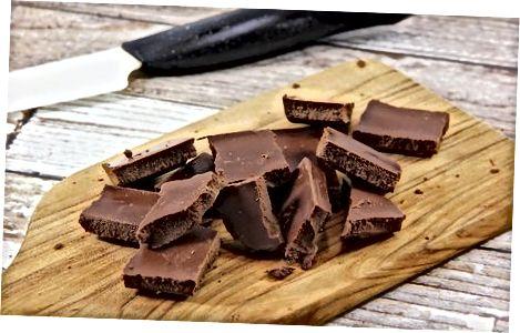 Karamellarni shokolad bilan qoplash