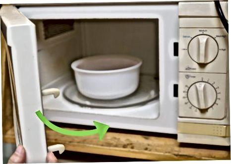 Auftauen von Lebensmitteln in der Mikrowelle