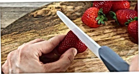הכנת רוטב זיגוג תות