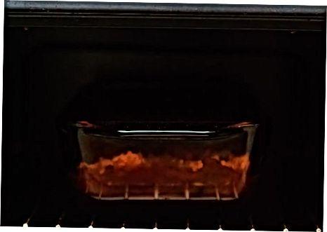 מכינים עוף מטוגן בתנור בעזרת פירורי לחם