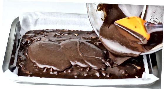 Fudge de chocolate quente no microondas