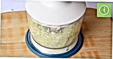 Tæta salat og hvítkál með blandara