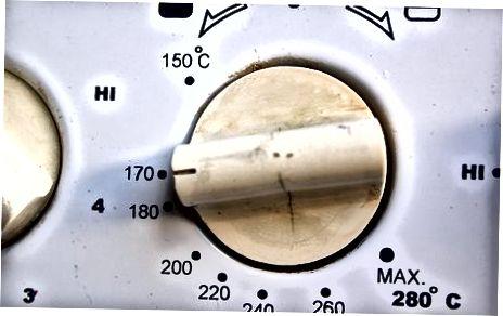 Pečenje rakov v pečici