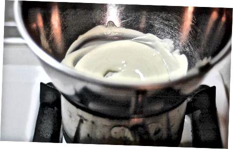 De witte chocolade topping maken