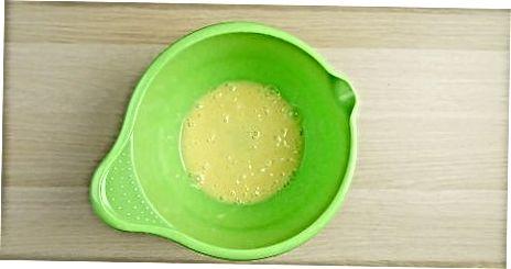 Змішування основного яєчного заварного крему