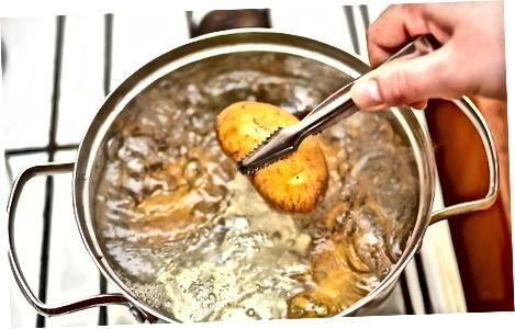 Nulupkite karštą bulvę