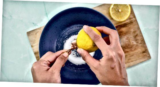 Почищення лимоном і сіллю