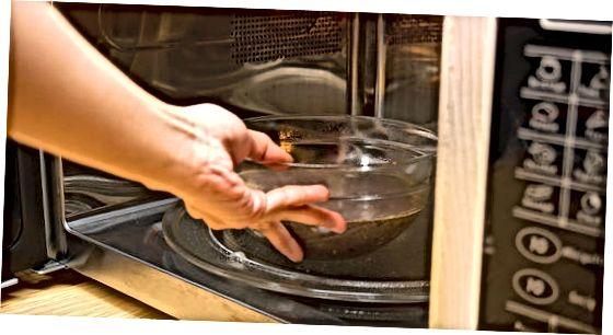 5-घटक ओरिओ मायक्रोवेव्ह केक