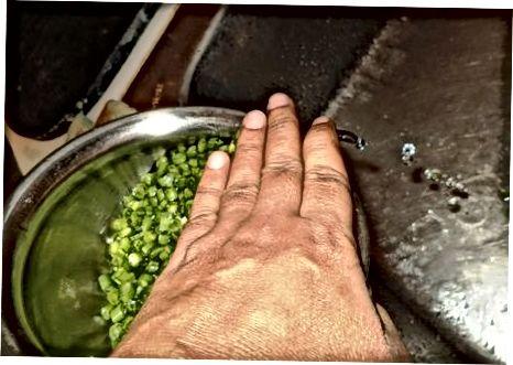 Menyiapkan Kacang Perancis