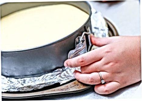 Употребом лопатица за подизање колача